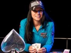 Sandra Naujoks gewinnt European Poker Award 2009