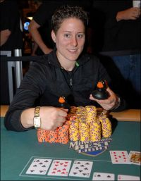 NAPT Mohegan Sun: Vanessa Selbst gewinnt Saisonfinale