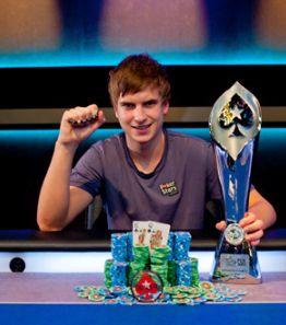 "PCA 2012: Viktor ""Isildur1"" Blom gewinnt Super High Roller Turnier"